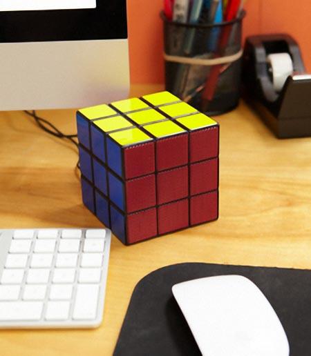 rubiks_cube_portable_speaker_1.jpg