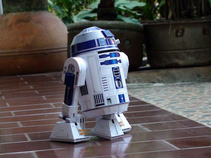 your own R2D2 the R2D2 paper craft should be perfect for you Paper Crafts Star Wars
