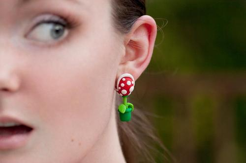 super_mario_themed_earrings_1.jpg