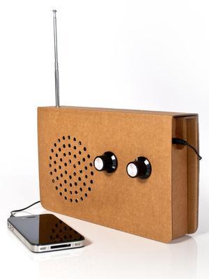 Eco-Friendly Card Radio