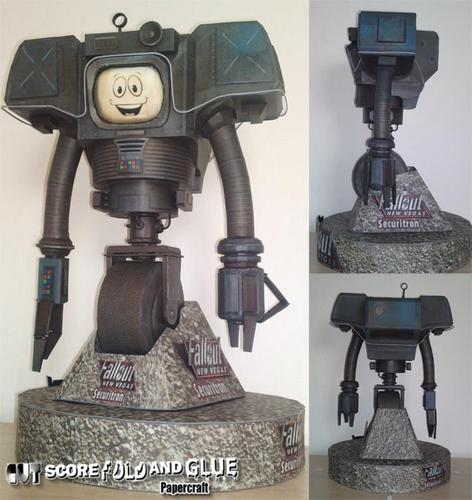 Fallout New Vegas Yes Man Paper Craft