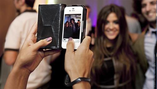 Vamp iPhone 4 Case for Ladies