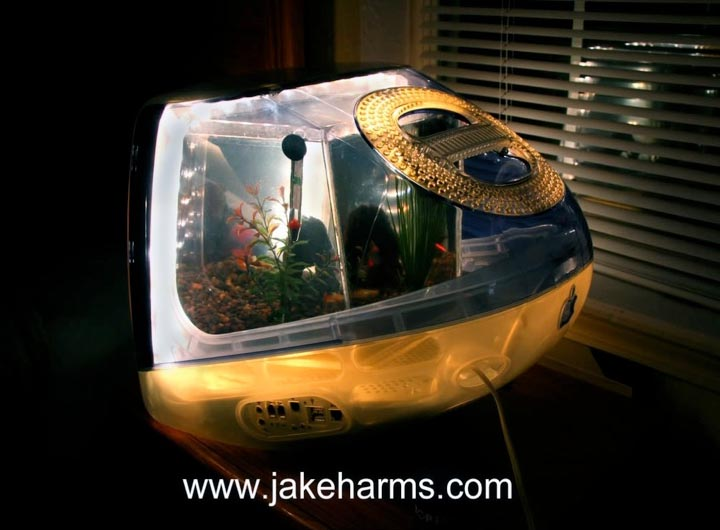 Imacquarium Fish Tank Built With Imac G3 Gadgetsin