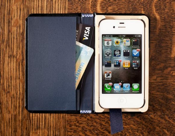 Pad&Quill The Little Black Book iPhone 4S Case