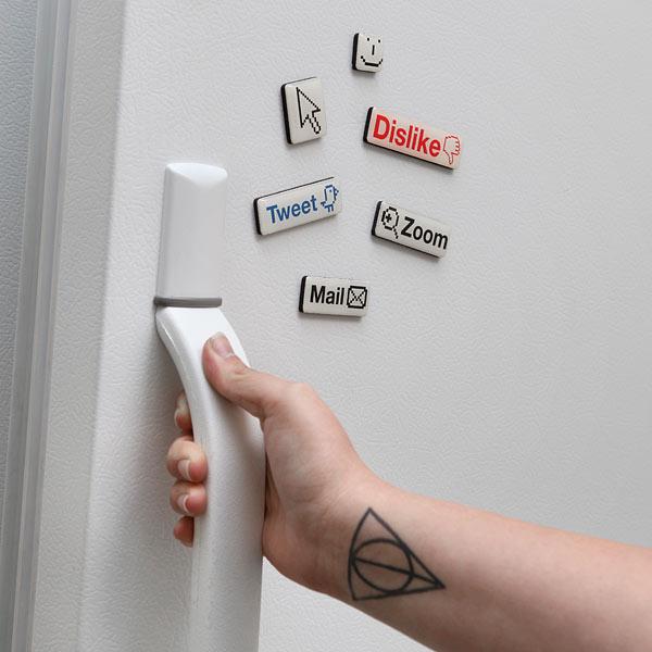 Social Media Fridge Magnet Set