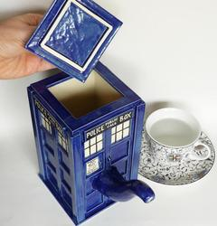 Handmade Doctor Who TARDIS Teapot