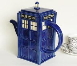 Handmade Doctor Who Tardis Teapot Gadgetsin