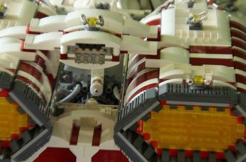 LEGO Battlestar Berzerk