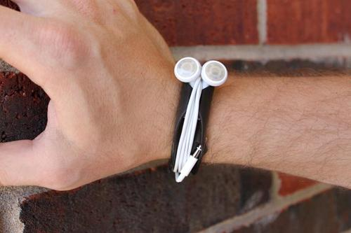 Organize Your Earbud Cords with Budwrap Wrist Band