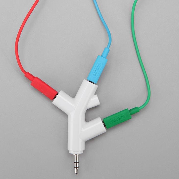 Branch Styled Headphone Splitter