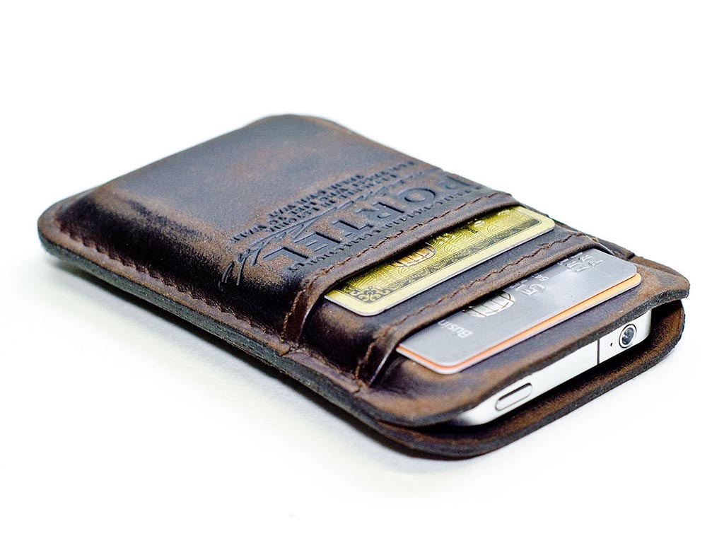 Handmade Leather iPhone Wallet | Gadgetsin