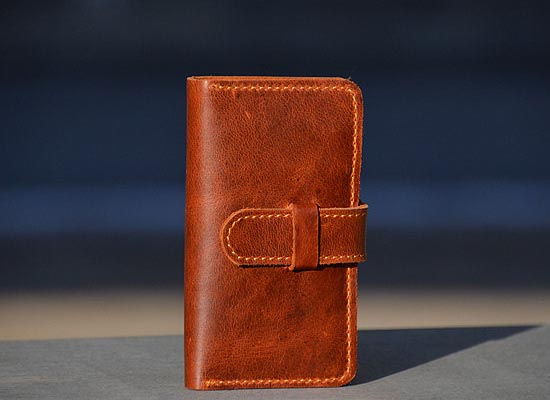 Phone Card Holder >> Hand-Stitched iPhone 4 Leather Case with Wallet | Gadgetsin