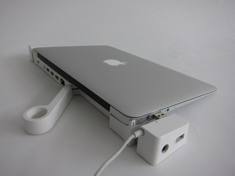 LandingZone Docking Station for MacBook Air