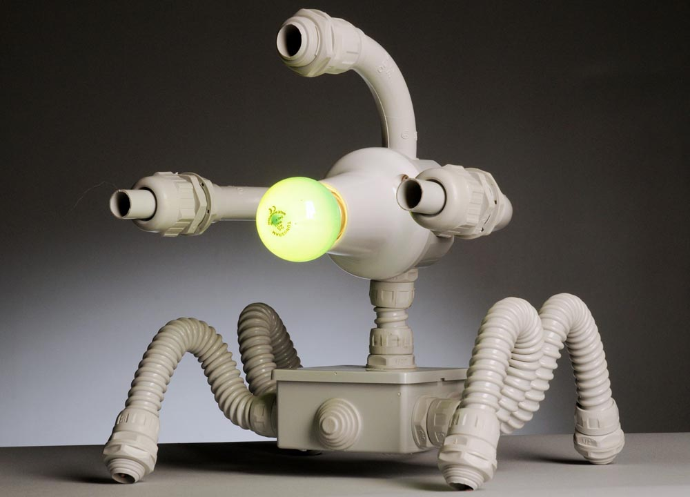 Robolamp Robot Styled Table Lamps Gadgetsin