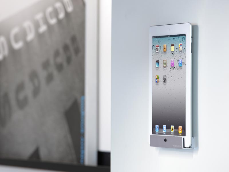 Just Mobile Horizon Wall Mount for iPad and iPad 2