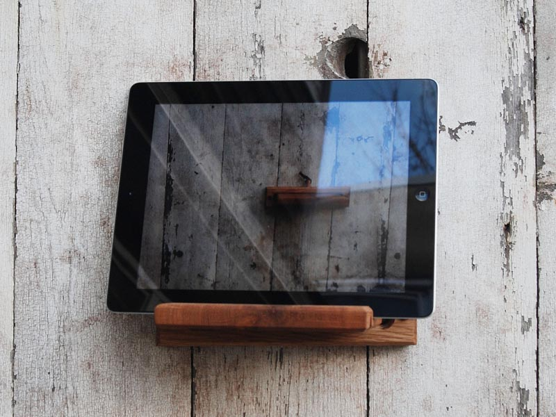 Handmade Ipad Stand And Wall Mount Gadgetsin