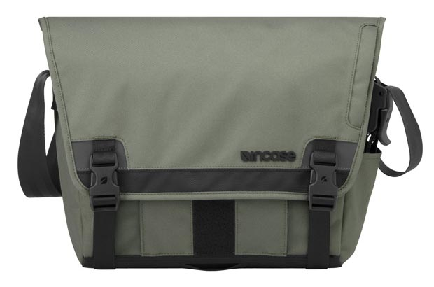 Incase Range Messenger Bag
