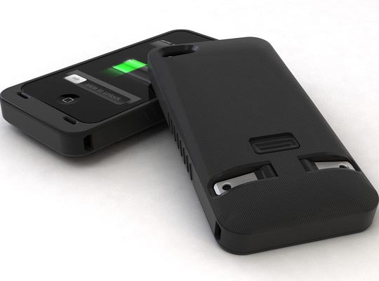 JuiceTank iPhone 4 Case with Wall Charger