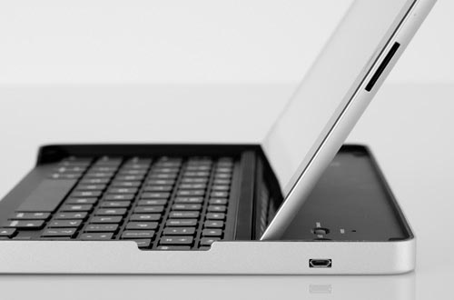 Logitech New iPad Keyboard Case