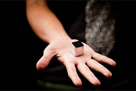 theKube2 Tiny MP3 Player
