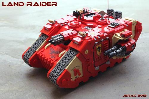 LEGO Warhammer 40K Land Raider