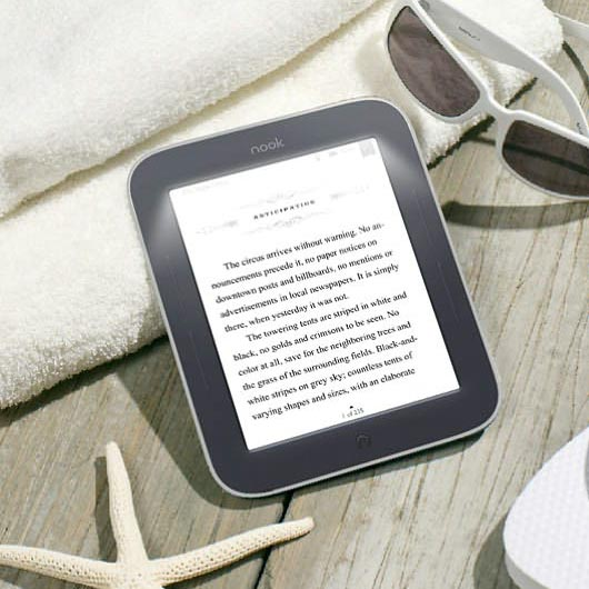 Barnes & Noble NOOK Simple Touch with GlowLight eBook Reader