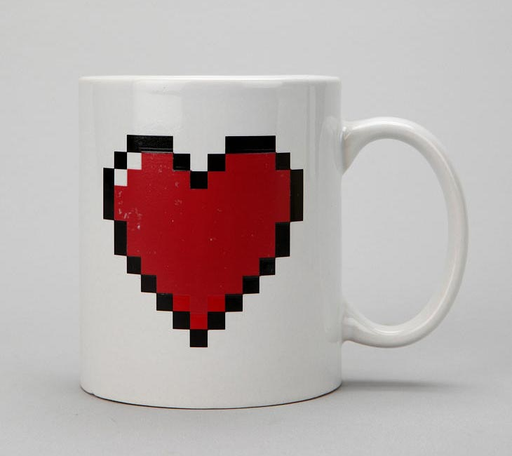 Heat Sensitive Pixelated Heart Coffee Mug