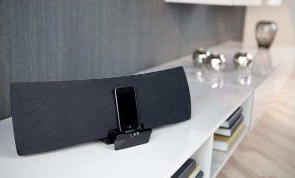 Logitech UE Air Wireless Dock Speaker