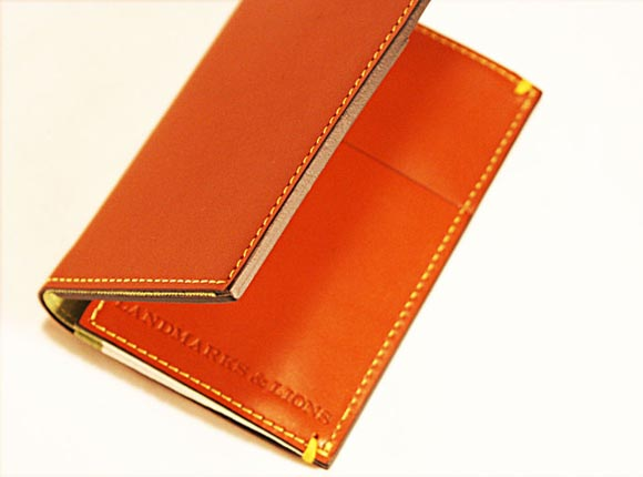 Madison Wallet Styled iPhone 4 Case