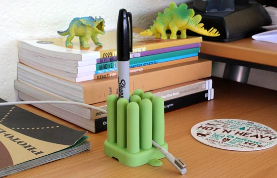 The Nesl Desk Organizer