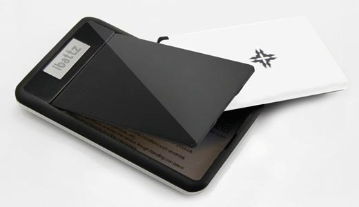 Mojo Removable Power Card Wallet Backup Battery