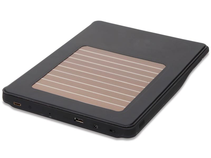 The iPad 3 Case with Solar Powered Backup Battery