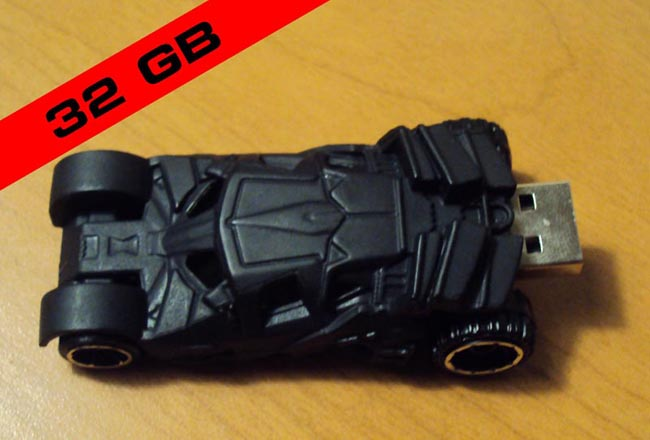 Batman Tumbler Batmobile USB Flash Drive