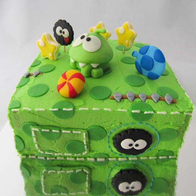 Yummy Cut the Rope Birthday Cake