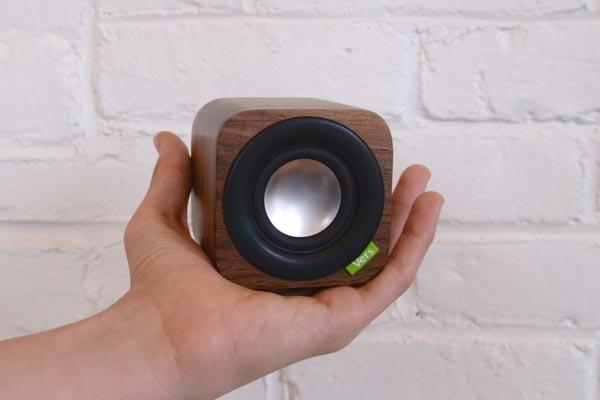 1Q Portable Bluetooth Wireless Speaker