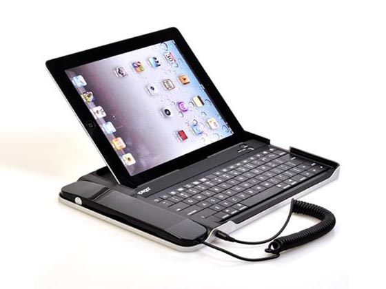 Aluminum iPad 3 Case with Wireless Keyboard and Removable Handset