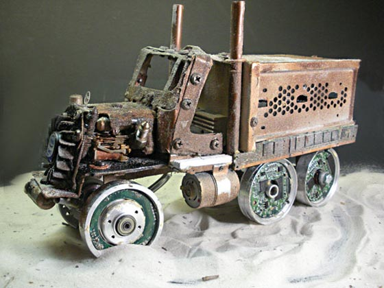 Awesome Steampunk Truck Sculpture With Wireless Router