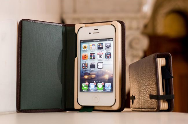 Pad&Quill Little Luxury Book iPhone 4 Case