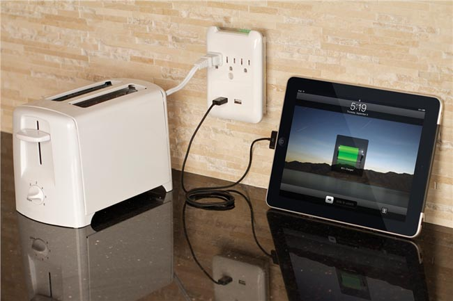 Targus Plug-N-Power Charging Station with Two USB Ports