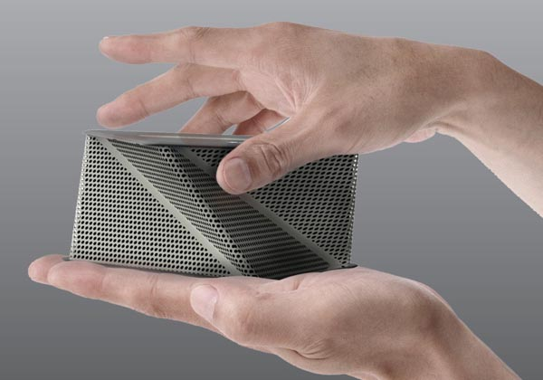 Viva Concept Dock Speaker Inspired By Origami Gadgetsin