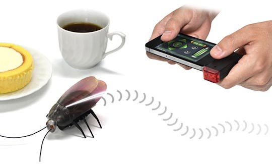 JTT iOS Powered Remote Control Cockroach