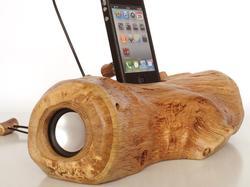 Handmade Wood Charging Dock Speaker