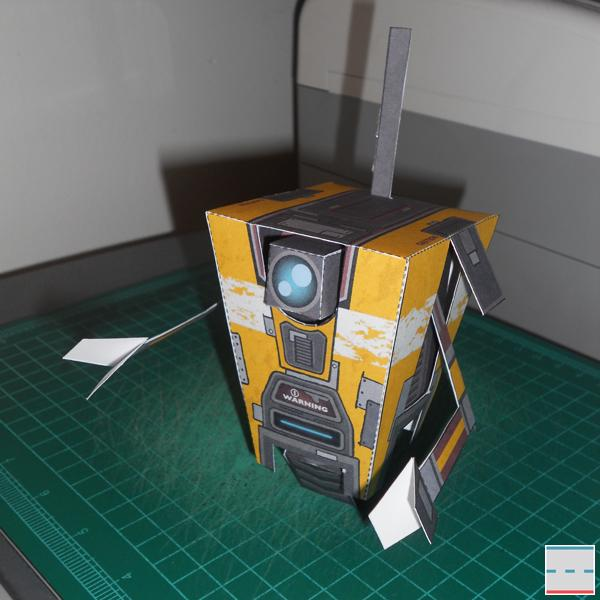 Borderlands 2 Claptrap Paper Craft