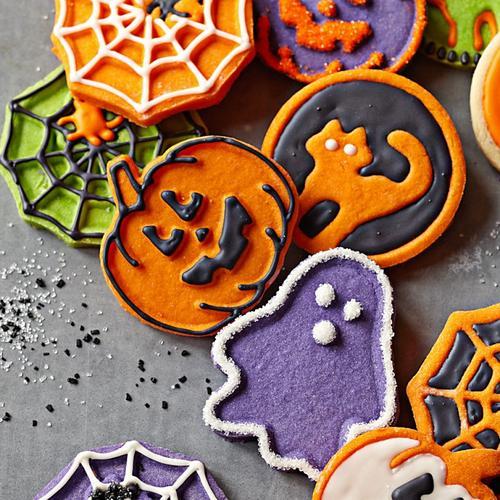 halloween themed cookie cutter set gadgetsin - Halloween Themed Pictures