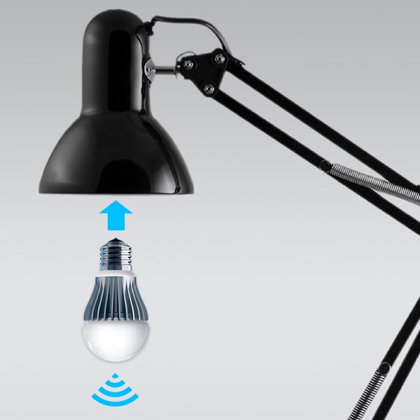LIFX Light Bulb Controlled by Smartphones
