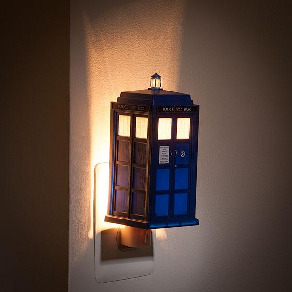 The Doctor Who TARDIS Night Light
