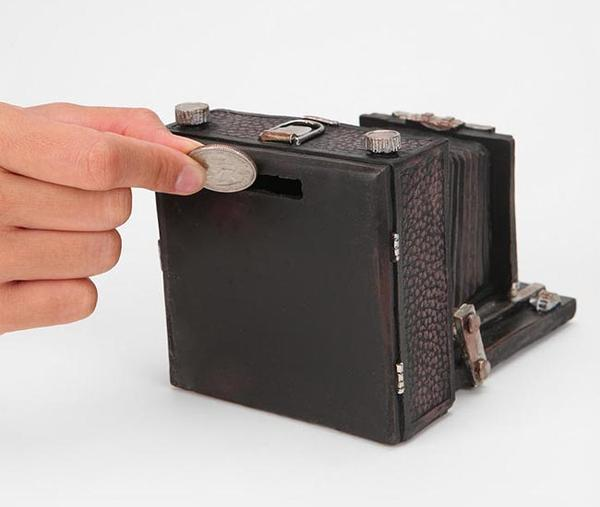 The Vintage Camera Money Bank