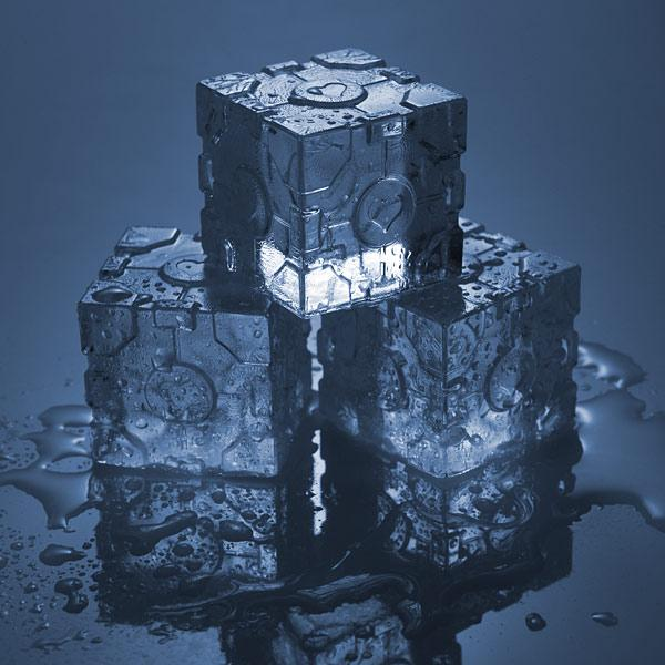 portal 2 companion cube ice cube tray gadgetsin. Black Bedroom Furniture Sets. Home Design Ideas