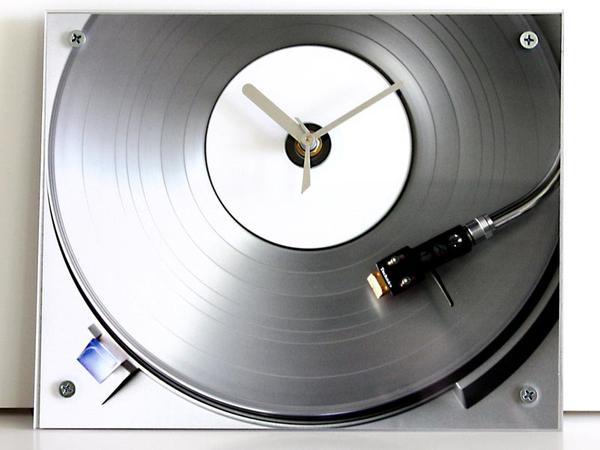Handmade Turntable Inspired Wall Clock