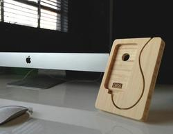 The Handmade Bamboo iPhone Dock
